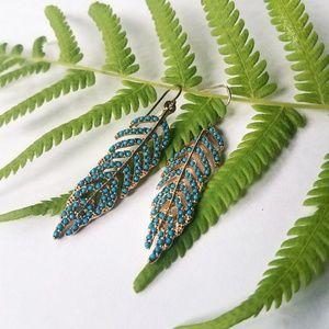 Jewelry - 3/$10 Feather earrings